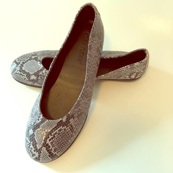 Studio Flexx Shoes | New Flats Size 839